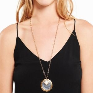 Stella & Dot Amala Pendant Necklace